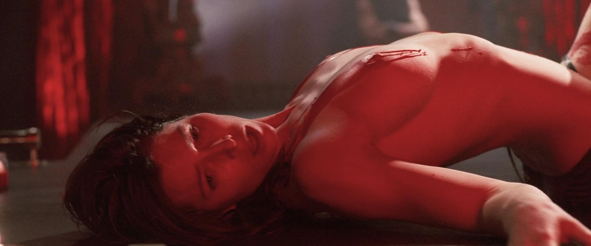 Jessica Biel nude topless ultra hot - Powder Blue (2009) HD 1080p BluRay (18)