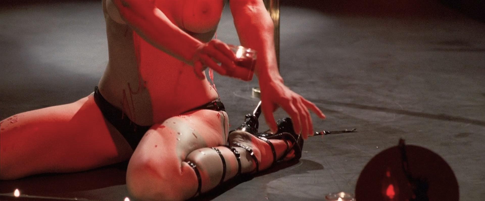 Jessica Biel nude topless ultra hot - Powder Blue (2009) HD 1080p BluRay (17)