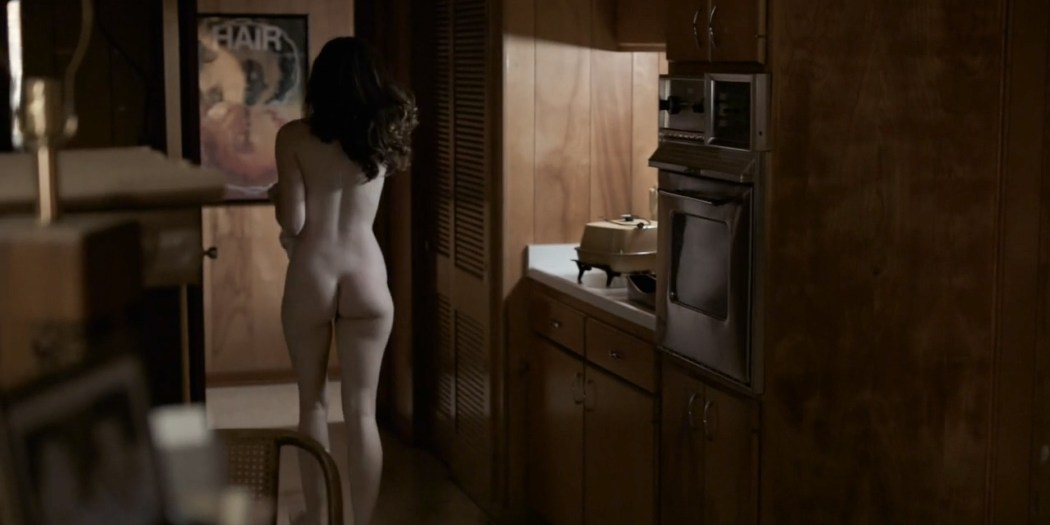 Kale Ronayne nude topless and butt and Jodi Balfour sex doggy style - Quarry (2016) s01e06 HD 720p (10)