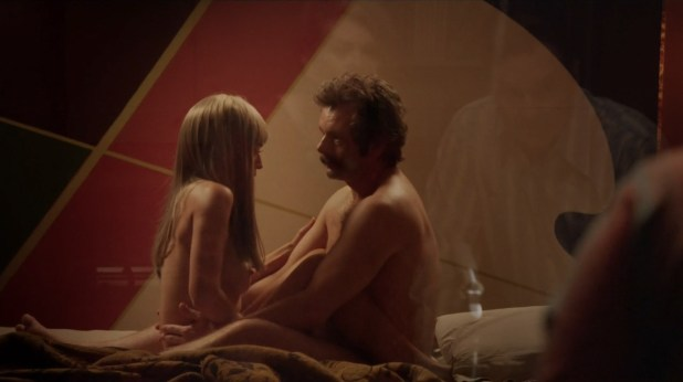Lizzy Caplan nude mild sex - Masters of Sex (2016) s4e8 hd 720p (5)