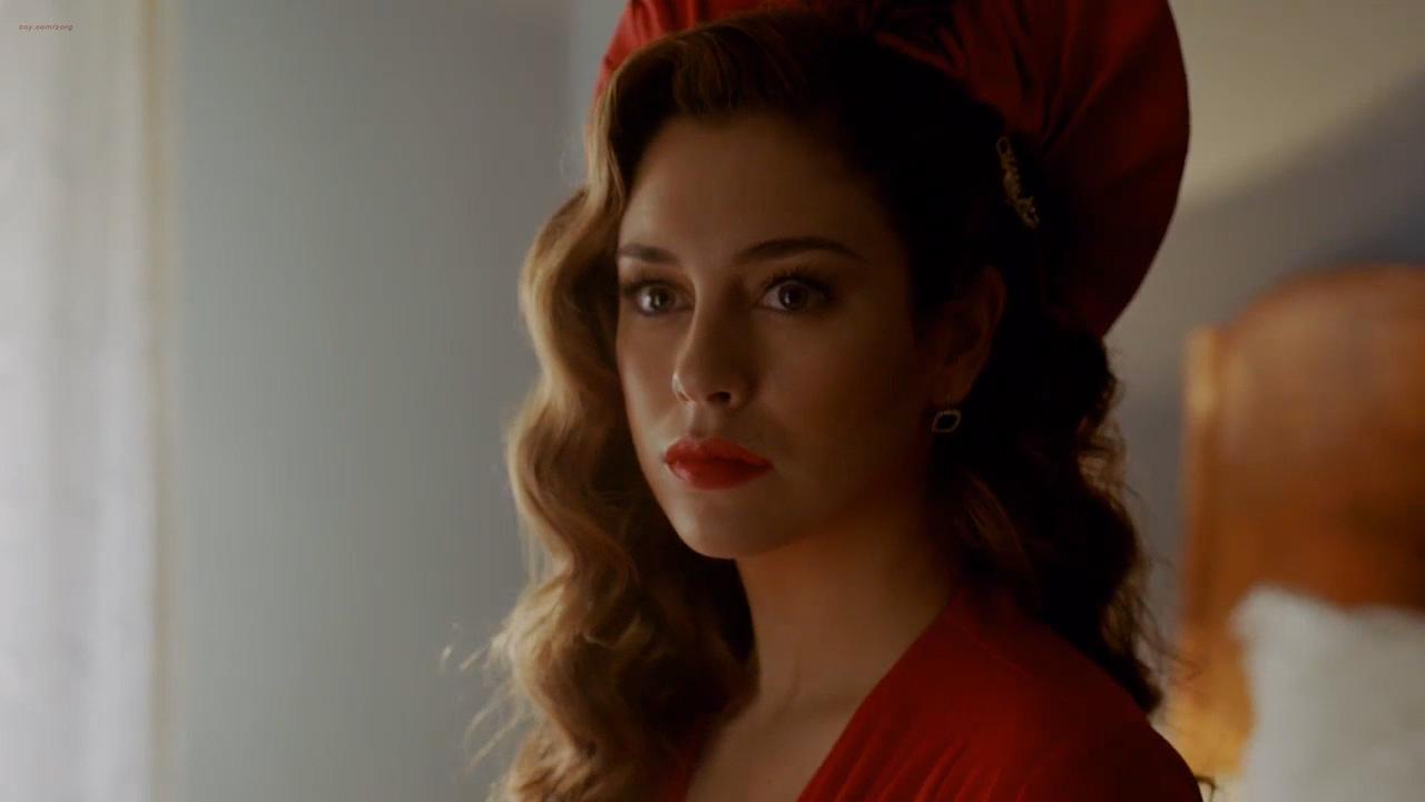 Blanca Suárez hot sex and very cute - Lo Que Escondian Sus Ojos (ES-2016) s1e1 HD 720p (5)