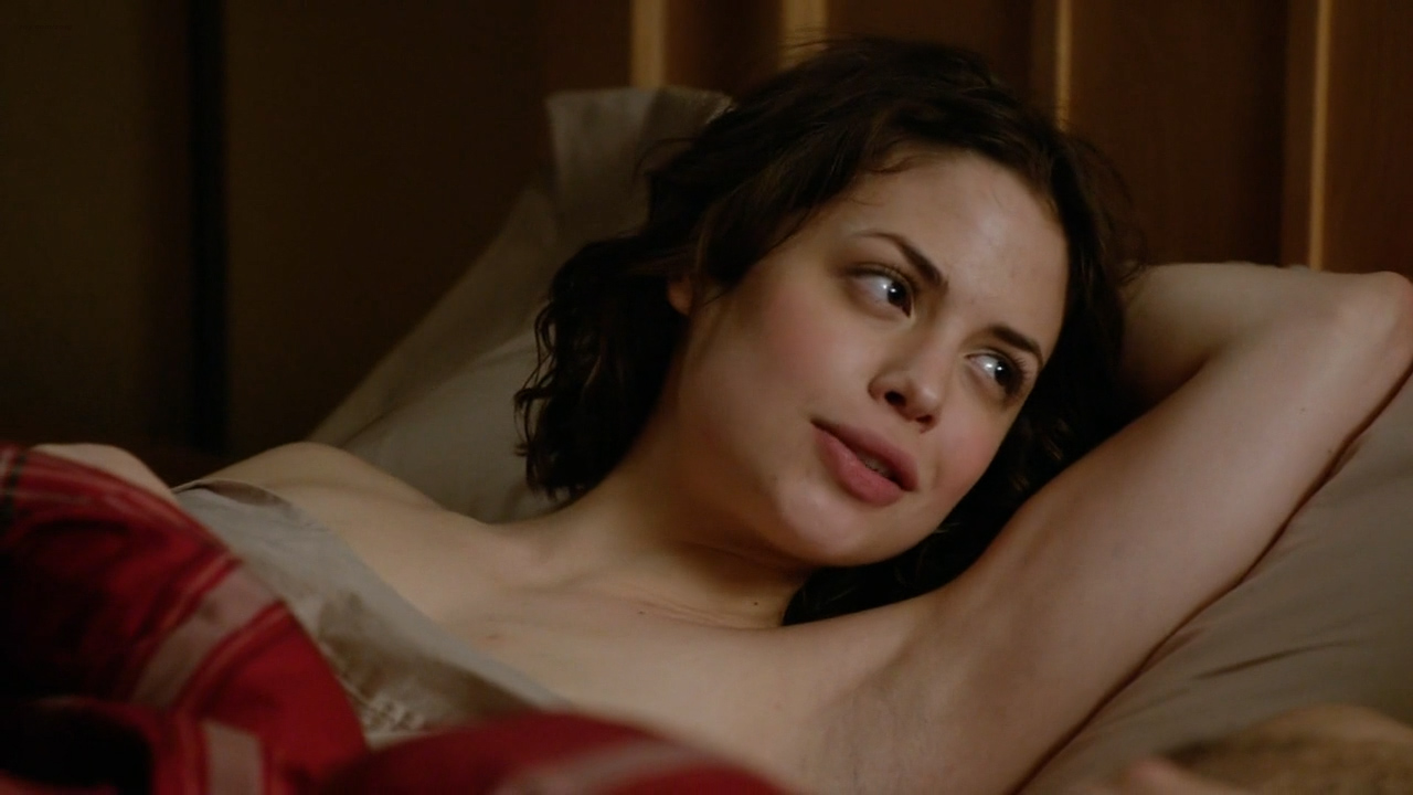 Conor Leslie nude topless and hot sex - Graves (2016) s1e7 HD 720p (1)