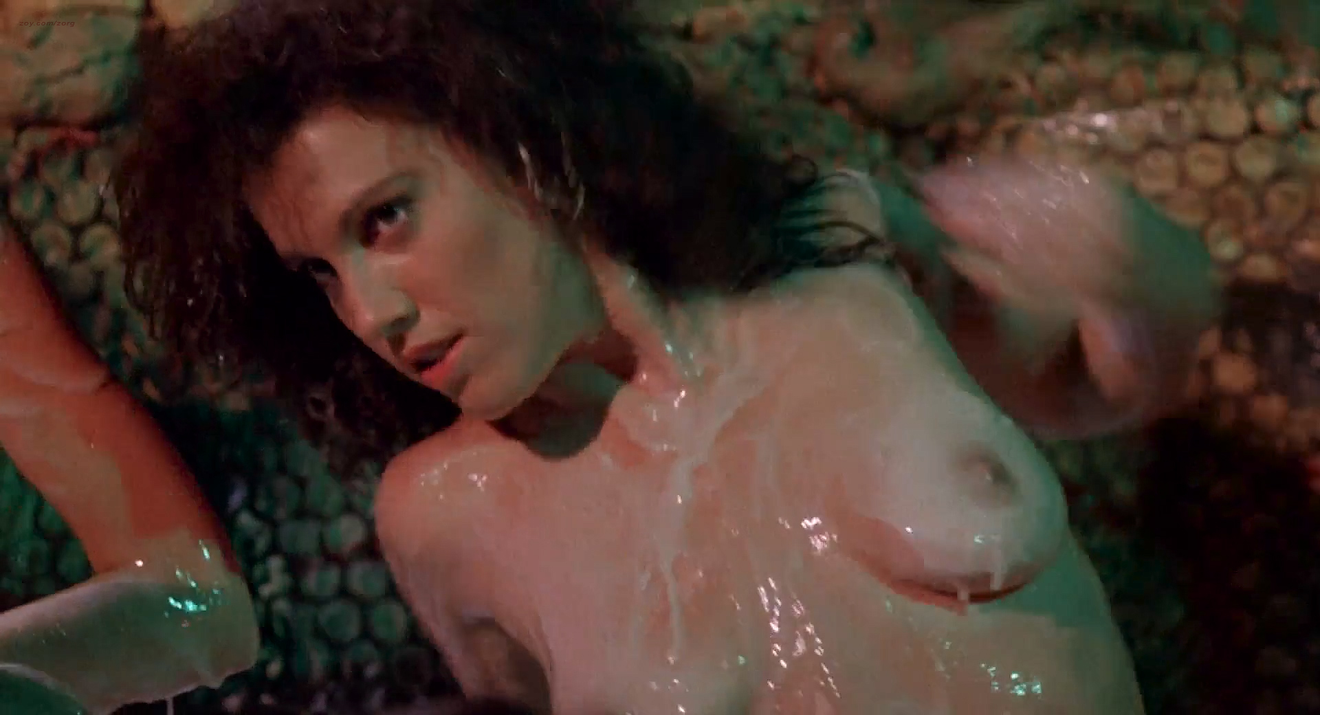Frances Raines nude butt boobs, LeeAnne Baker, Natalie O'Connell other's nude - Breeders (1986) HD 1080p (16)