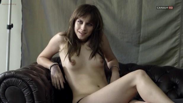 Juana Acosta nude sex, Aura Garrido and Alicia Borrachero nude too - Crematorio (ES-2011) s01 (3)