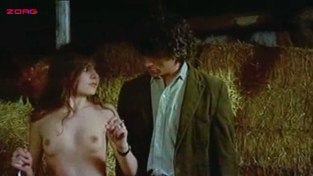 Malisa Mell hot and sexy, Malisa Longo nude topless, other's hot and nude - Amori letti e tradimenti (IT-1975) (4)