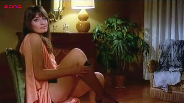 Malisa Mell hot and sexy, Malisa Longo nude topless, other's hot and nude - Amori letti e tradimenti (IT-1975) (12)