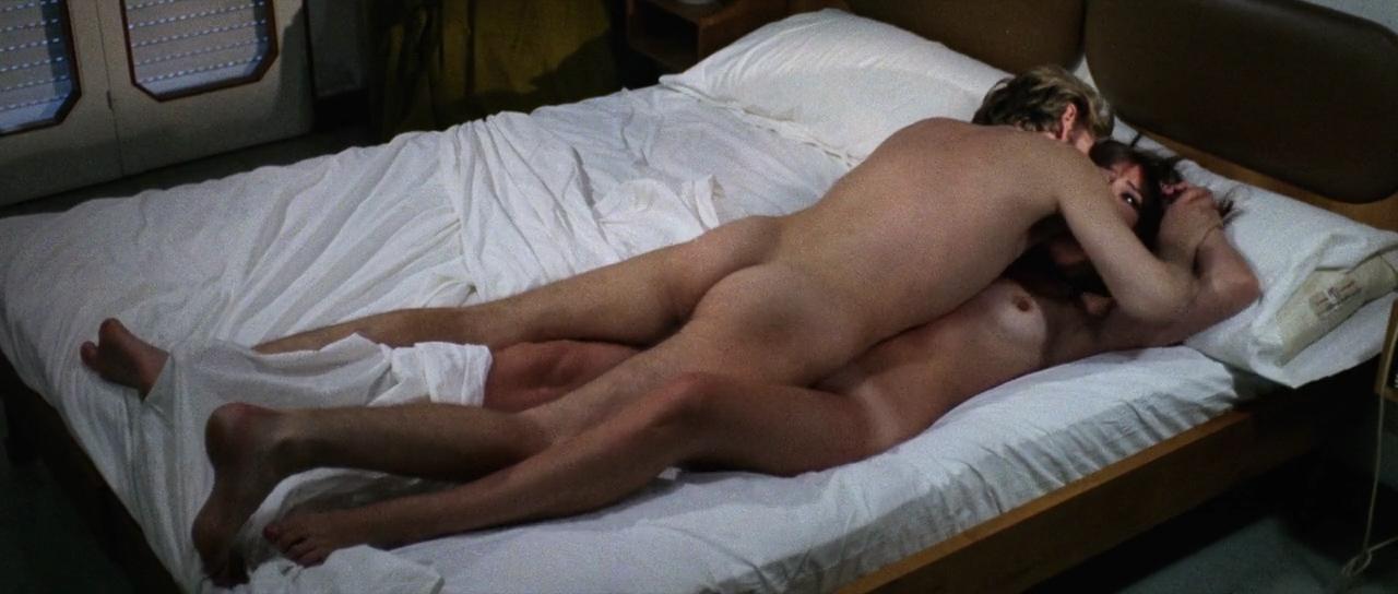 Marisa Mell nude bush and sex and Marina Giordana nude topless - La belva col mitra (IT-1977) HD 720p (4)