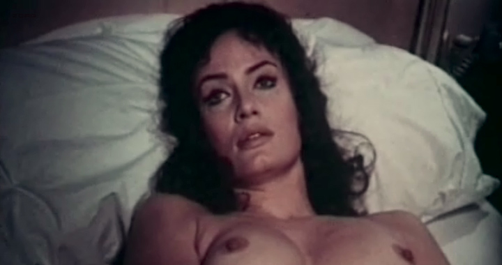 Marisa Mell nude topless and sex and Helga Line nude topless - La moglie giovane (IT-1974) (5)