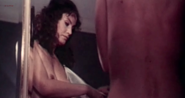 Marisa Mell nude topless and sex and Helga Line nude topless - La moglie giovane (IT-1974) (3)