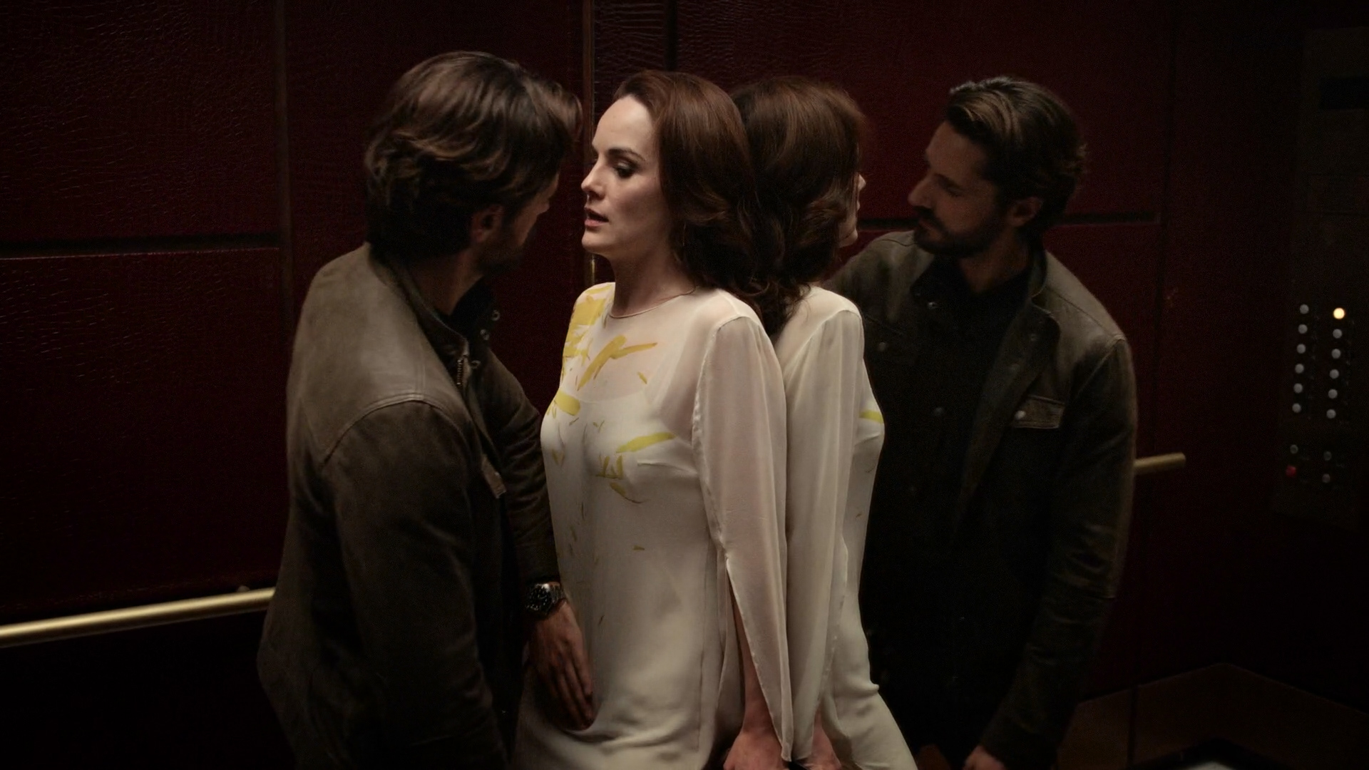 Michelle Dockery hot and sexy in lingerie – Good Behavior (2016) s01e01 HD 1080p (2)