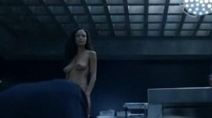 Thandie Newton nude bush and boobs - Westworld (2016) s1e8 HD 1080p (1)