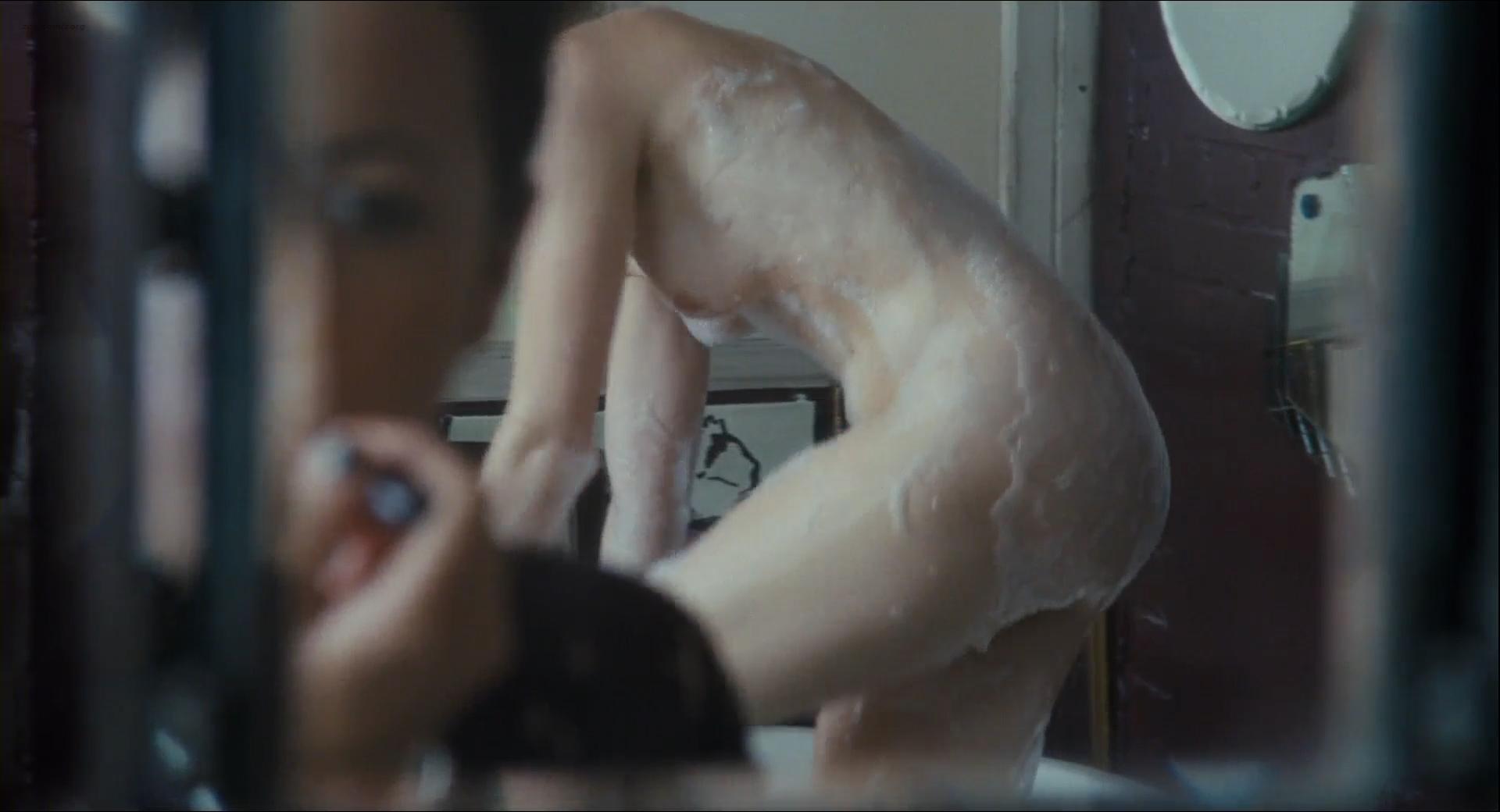 Heather graham nude lesbo sex scene in boogie woogie