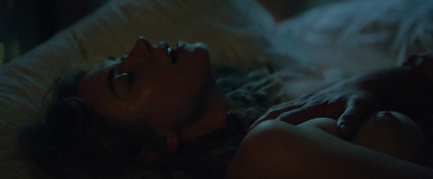 Imogen Poots nude topless and sex - Frank And Lola (2016) HD 1080 WebDL (10)