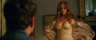 Isla Fisher hot and sexy and Gal Gadot hot in lingerie - Keeping Up with the Joneses (2016) HD 1080p Web-Dl