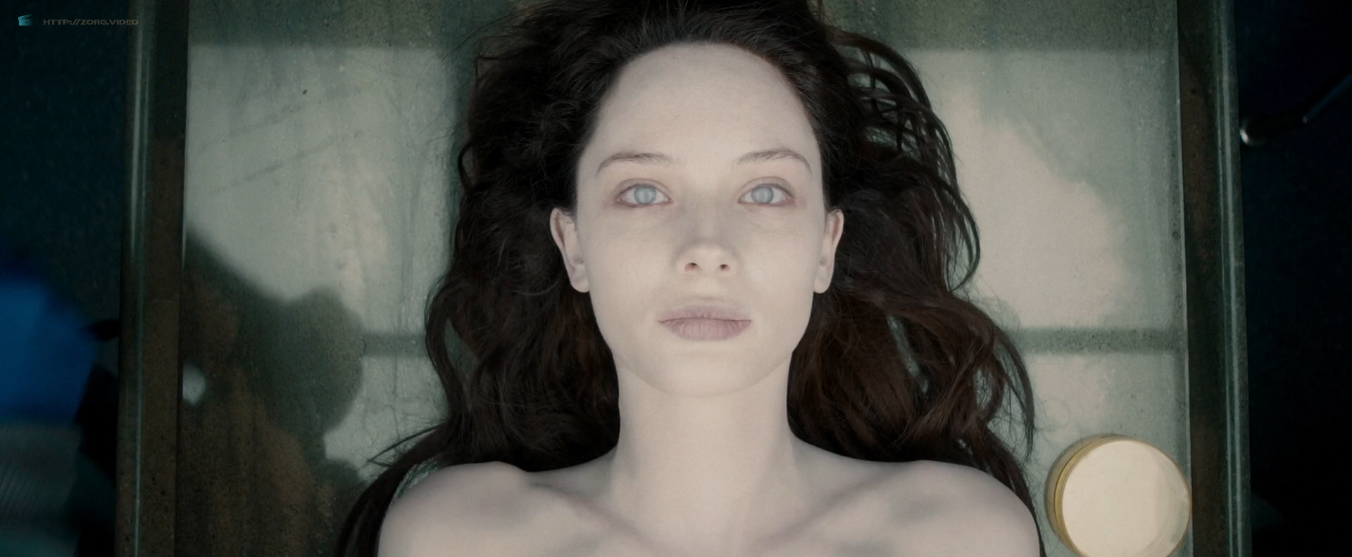 Olwen Catherine Kelly nude bush and boobs - The Autopsy of Jane Doe (2016) HD 1080p WebDl (10)