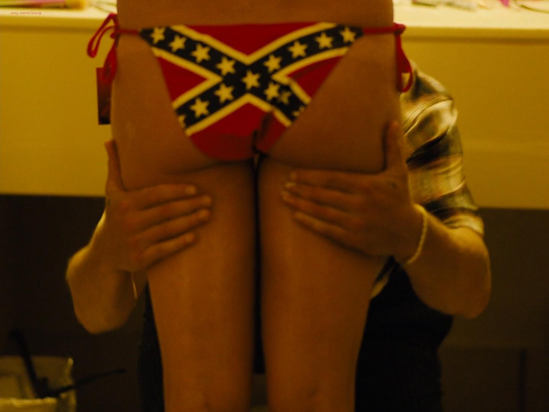 Riley Keough nude topless Sasha Lane nude bottomless - American Honey (2016) HD 1080p (2)