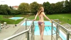 Saskia Rosendahl nude topless and wet - Zorn Vom Lieben und Sterben (DE-2015) HDTV 720p (2)
