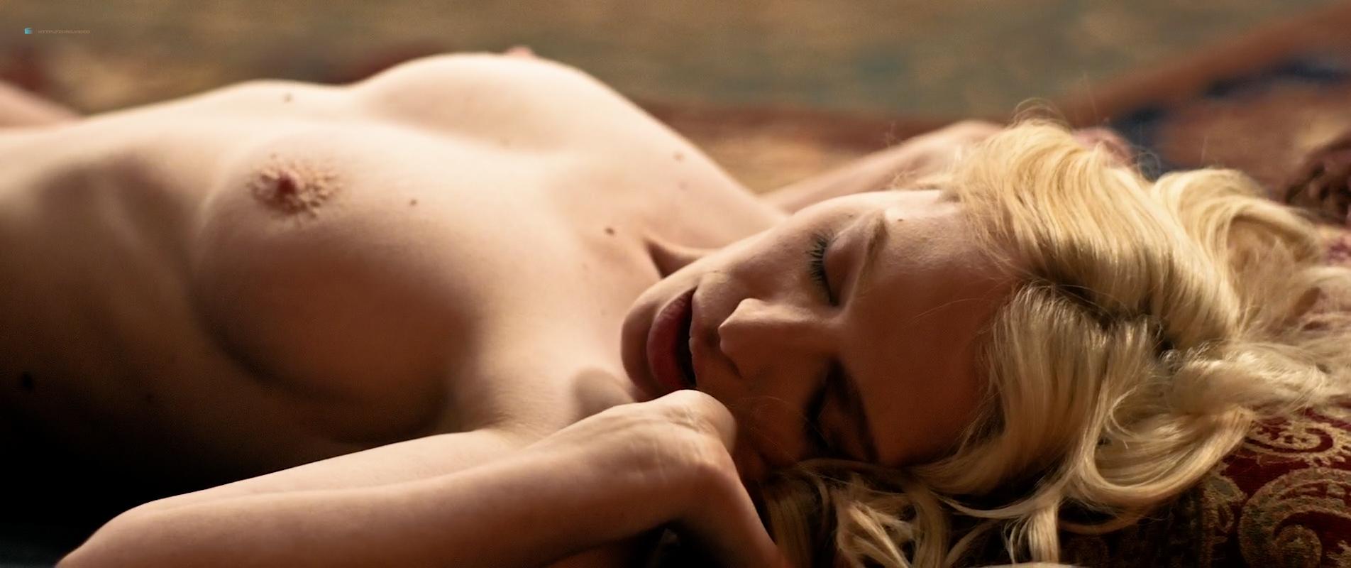 chloe-agnew-nude