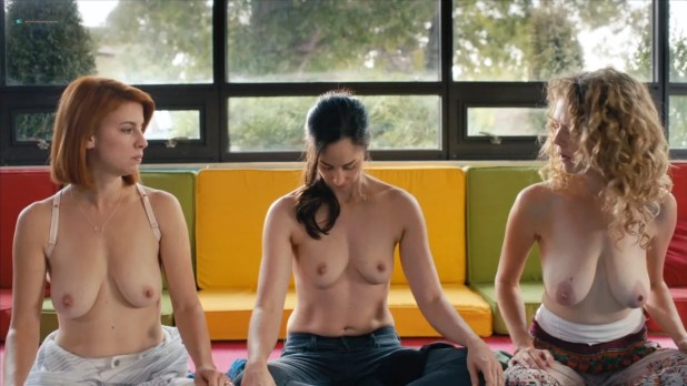 Dani Kind nude Catherine Reitman and Juno Rinaldi nude topless– Workin Moms (2017) s01e01 HD 720p (2)