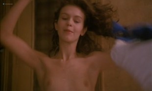 Fanny Bastien nude topless and butt - Pinot Simple Flic (FR-1984)