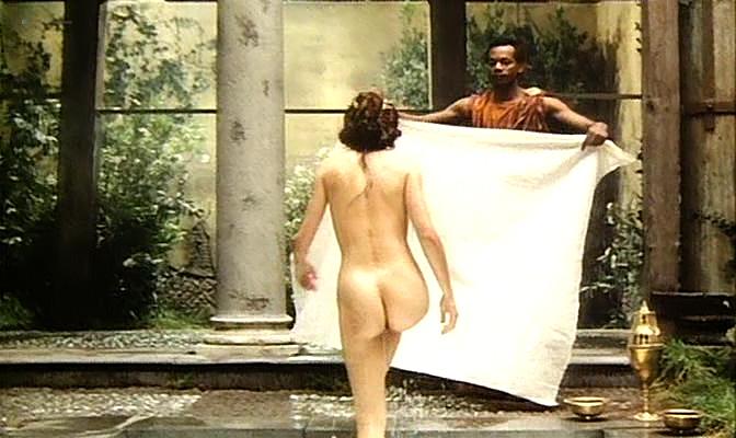 Isabella Ferrari nude topless Carole Bouquet nude butt Isabella Dandolo nude- Dagobert (IT-1984) (1)