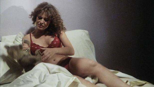Bess Armstrong hot leggy Cassandra Peterson nude nipple - Jekyll and Hyde Together Again (1982) HD 1080p (8)