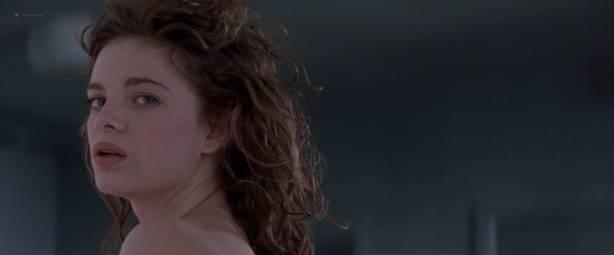 Gabrielle Anwar nude topless Meg Tilly hot - Body Snatchers (1993) HD 1080p BluRay (14)
