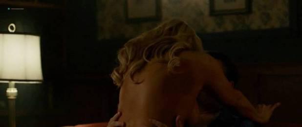 Jennifer Blanc-Biehn nude sex Julie Benz hot and sexy - Havenhurst (2016) (4)