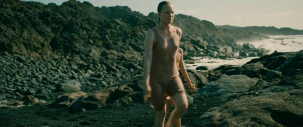 Julie Marie Parmentier nude Roxane Durane nude wet - Evolution (FR-2016) HD 1080p BluRay (9)
