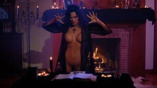 Julie Strain nude full frontal Rochelle Swanson and others nude lesbian sex - Sorceress (1994) HD 1080p BluRay