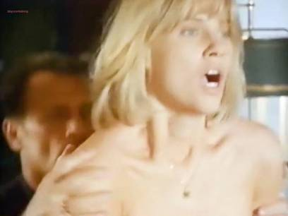 Linda Hoffman nude butt, topless and lot of sex - Jane Street (1996) (1)