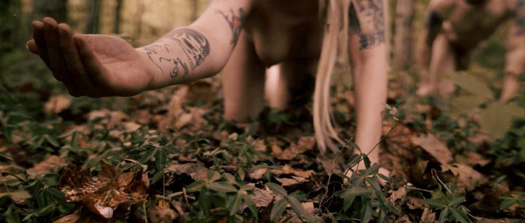Lucretia Lynn nude full frontal Tristan Risk and Ellie Church nude - Harvest Lake (2016) HD 1080p WebDL (8)