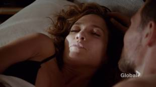 Jennifer Lopez hot some sex - Shades of Blue (2017) s2e2 HDTV 720p