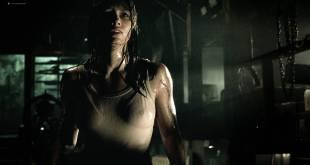 Jessica Biel hot see throuh - The Texas Chainsaw Massacre (2003) HD 1080p BluRay (13)
