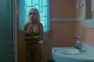 Linnea Quigley nude full frontal and Judy Tatum nude topless – Witchtrap (1989) HD 1080p