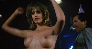 Michelle Johnson hot and sexy, Brinke Stevens, Michelle Bauer nude- The Jigsaw Murders (1989) HD 1080p (8)
