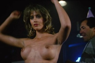 Michelle Johnson hot and sexy, Brinke Stevens, Michelle Bauer nude- The Jigsaw Murders (1989) HD 1080p