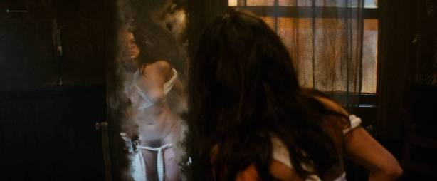 Michelle Rodriguez nude full frontal Caitlin Gerard nude and Lia Lam hot - The Assignment (2016) HD 1080p (7)