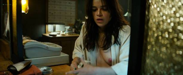 Michelle Rodriguez nude full frontal Caitlin Gerard nude and Lia Lam hot - The Assignment (2016) HD 1080p (15)