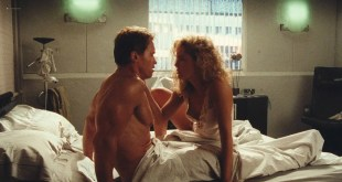 Sharon Stone nude nipple and hot Lycia Naff funny - Total Recall (1990) HD 1080p BluRay (9)