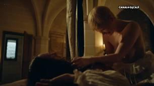Anna Brewster nude full frontal Hannah Arterton nude sex – Versailles (2017) s2e2-7-9-10 HDTV 1080p (4)