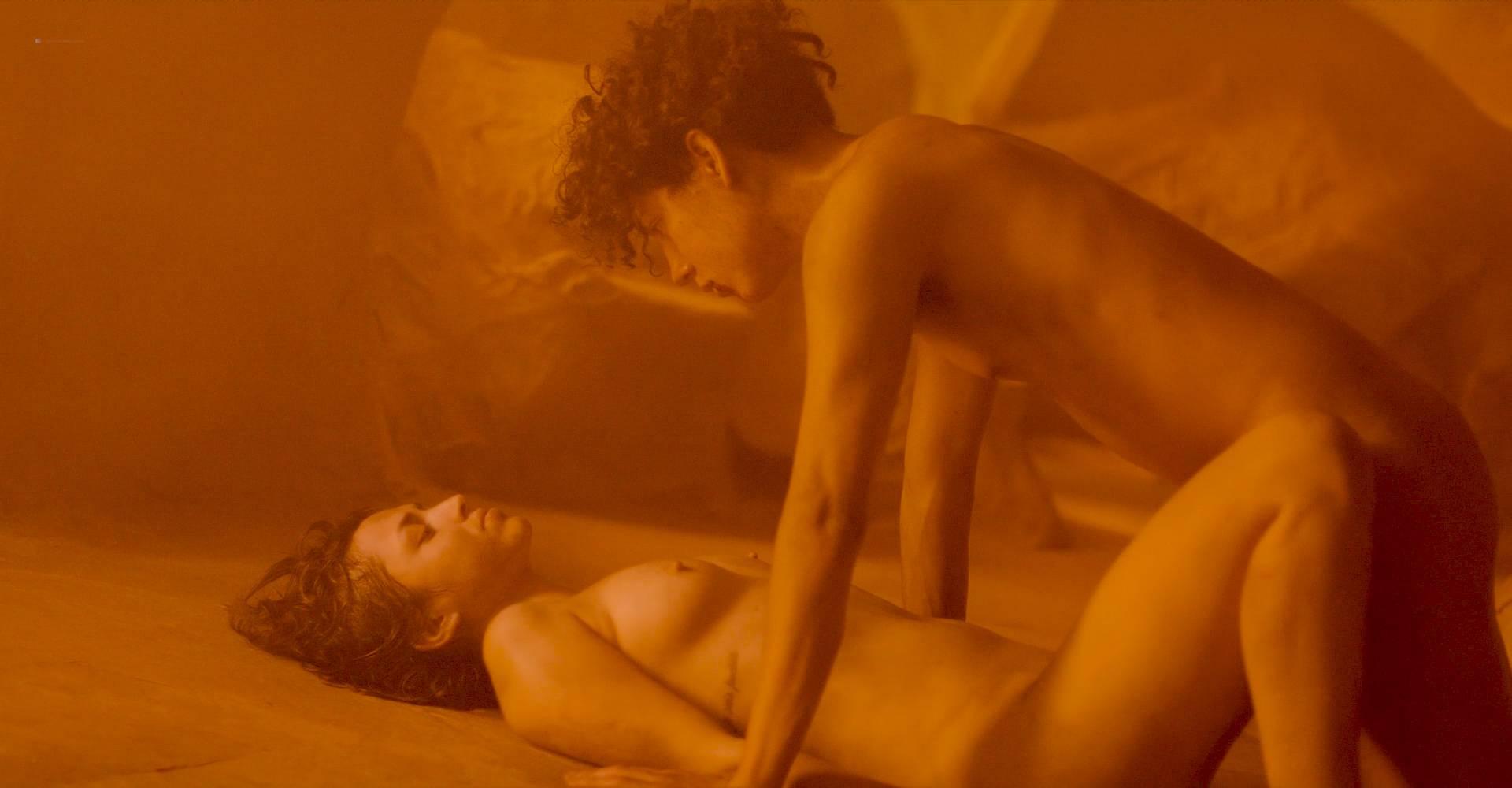 María Evoli nude explicit bj, piss and María Cid nude sex - Tenemos La Carne (MX-2016) HD 1080p BluRay (9)