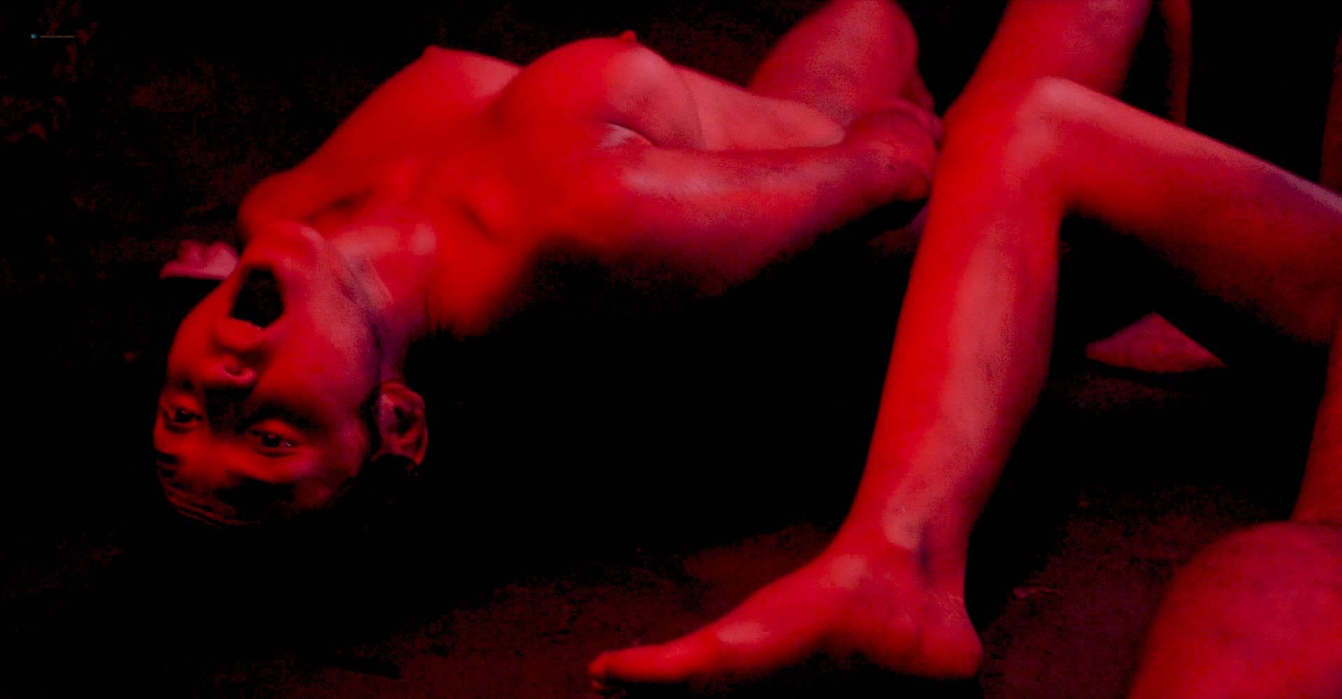 María Evoli nude explicit bj, piss and María Cid nude sex - Tenemos La Carne (MX-2016) HD 1080p BluRay (17)