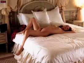 Maroussia Dubreuil nude Lise Bellynck and Marie Allan nude lesbian sex threesome - Les Anges Exterminateurs (FR-2006)