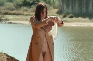Valérie Donzelli nude full frontal Patricia André nude – Les grandes ondes (à l'ouest) HD 720p