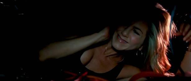 Jennifer Aniston hot and sexy - The Bounty Hunter (2010) HD 1080p BluRay (11)