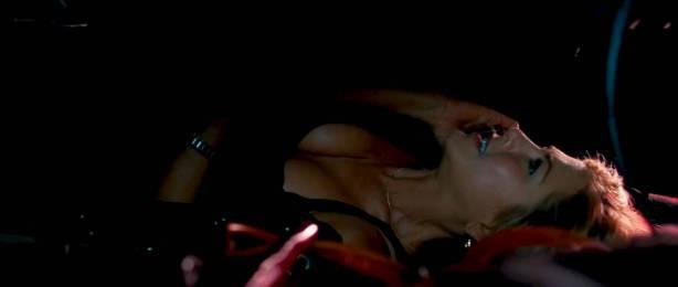 Jennifer Aniston hot and sexy - The Bounty Hunter (2010) HD 1080p BluRay (10)