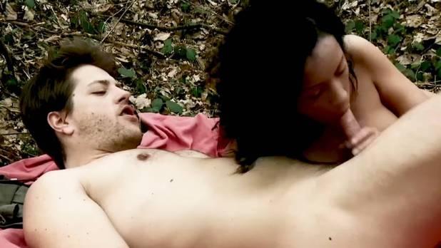 Leïla Denio nude Valérie Maës nude and explicit blow job and sex - Chroniques sexuelles d'une famille d'aujourd'hui (2012) (18)