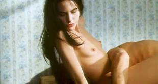 Lio nude topless and bush and Lea Gabriele nude topless - Sale comme un ange (FR-1991) (3)