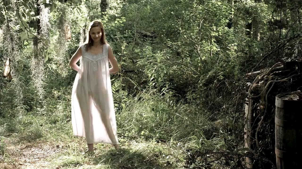 Serinda Swan hot Amanda Fuller, Lauren Schneider Jennifer Lynn Warren nude – Creature (2011) HD 720p (8)